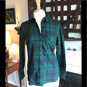 NWT Old Navy the Classic flannel plaid shirt